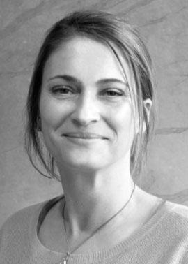 Marina Weiss arbeitet bei Dinger Stone im Bereich Angebots- und Auftragsabwicklung