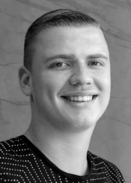 Jannik Dvorak ist Auszubildender Kaufmann für Büromanagement bei Dinger Stone