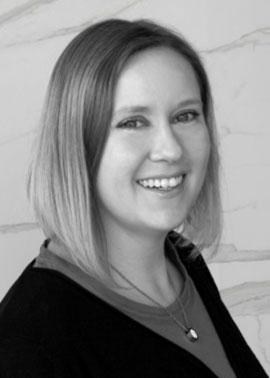 Melanie Mecklenburg arbeitet bei Dinger Stone im Einkauf