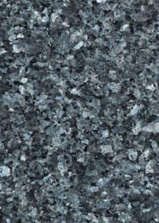 Detailaufnahme des blau-schwarzen Natursteins Labrador blue Pearl