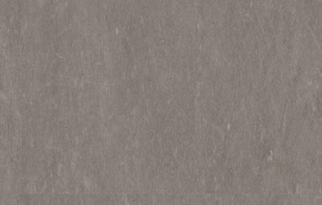 Nahaufnahme der Vinylfliese Used Greige in warmgrauer Natursteinoptik