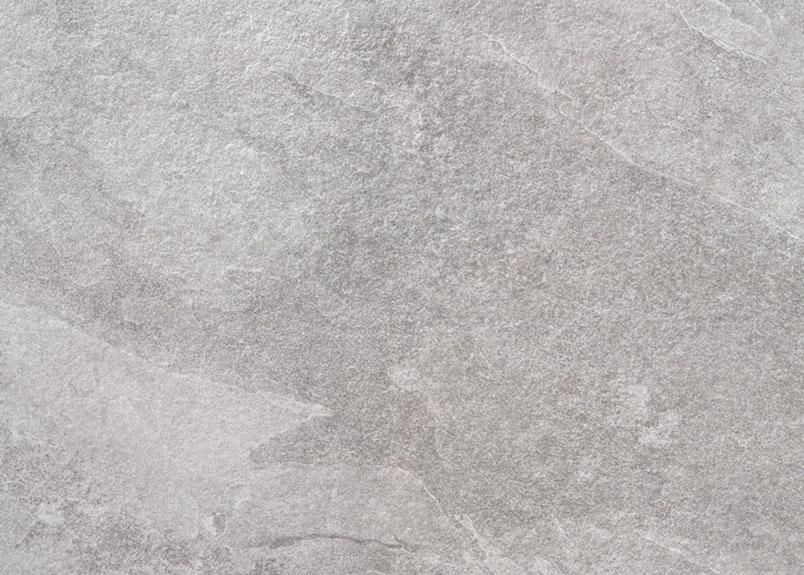 hellgraue Keramikfliese in Schieferoptik