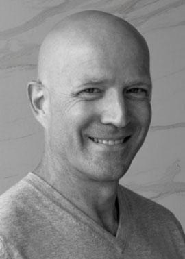 Michel Obernesser arbeitet im Aussendienst bei der Dinger Stone GmbH und ist für die Gebiete Frankreich und Luxemburg zuständig